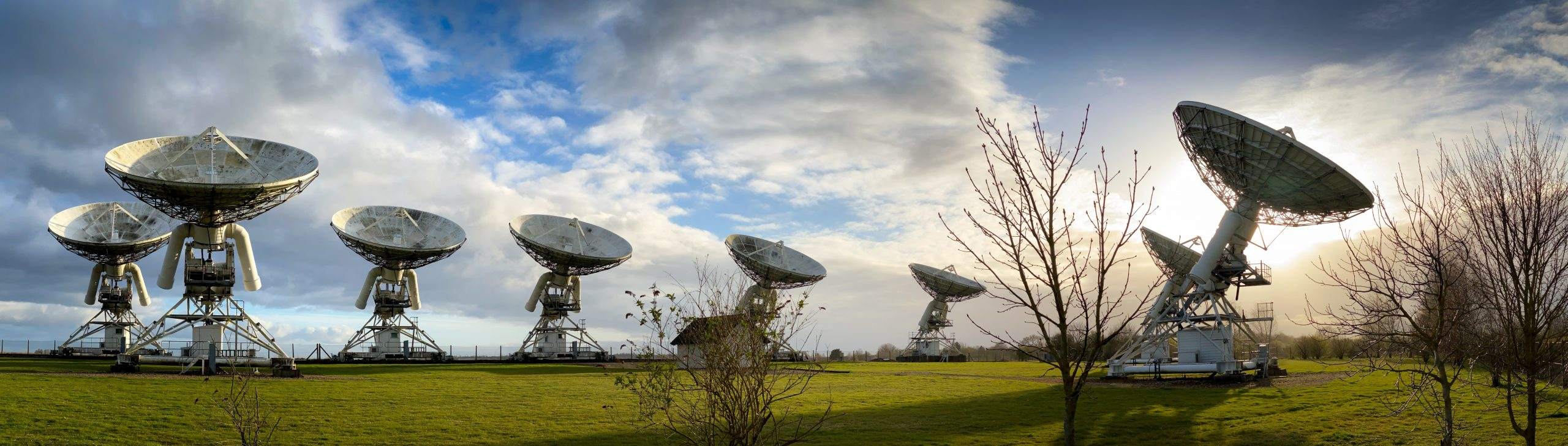 satelite dishes - online learning - Petros